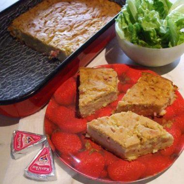 Cuketový slaný koláč so šunkou