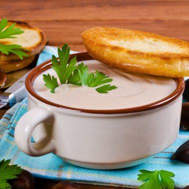 Krémová gaštanová polievka